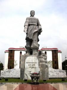 Tượng đài Lê Lợi
