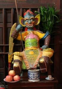 Tượng Long Thần ở chùa Tôn Thạnh, huyện Cần Giuộc, tỉnh Long An