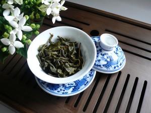 Chung trà