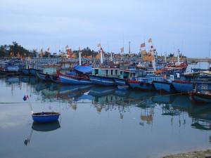Tàu cá trên đảo Lý Sơn