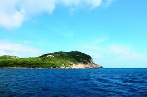 Mõm Cá Heo, một thắng cảnh trong vịnh Vĩnh Hy