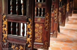 Cử bức bàn tại lăng Hoàng Gia, Tiền Giang