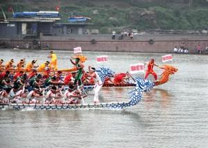 Hội đua thuyền Bạch Hạc