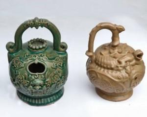Bình vôi bằng gốm làng Dưỡng Động (Hải Phòng)