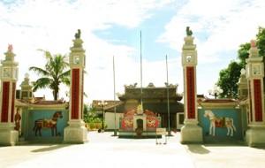 Đền thờ Mai Hắc Đế