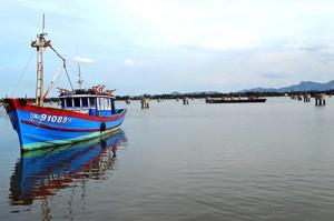 Tàu cá tại An Hòa