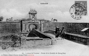 Dinh trấn Thanh Chiêm cuối thế kỉ 19