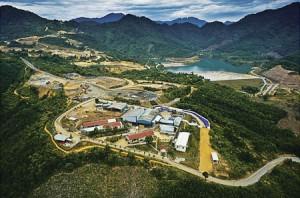 Khu vực nhà máy chế biến và mỏ vàng Bồng Miêu