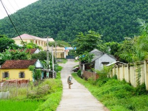 Xã Dân Chủ, huyện Hoành Bồ