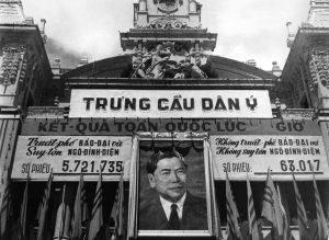 Bích chương về kết quả cuộc trưng cầu dân ý tại Tòa Đô chính Sài Gòn